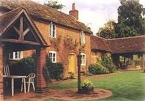 Elcocks is a self-catering 17th century detached cottage