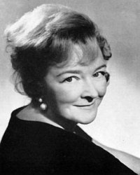 Beryl Reid comedy actress born in Hereford