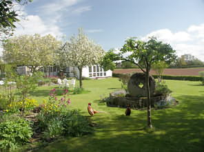 Lavender Cottage is a delightful 17th Century Cottage tucked away in a tranquil location one mile from Ross-on-Wye.