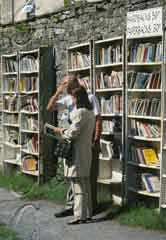 Books sales in Hay on Wye in the county of Herefordshire
